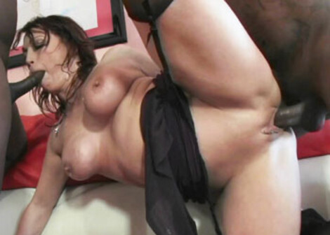 Nikki Hunter takes on two big black cocks